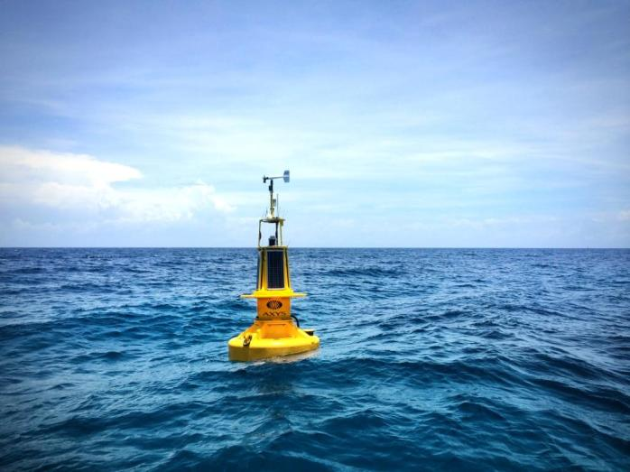AXYS WatchKeeper buoy in Honduras_4